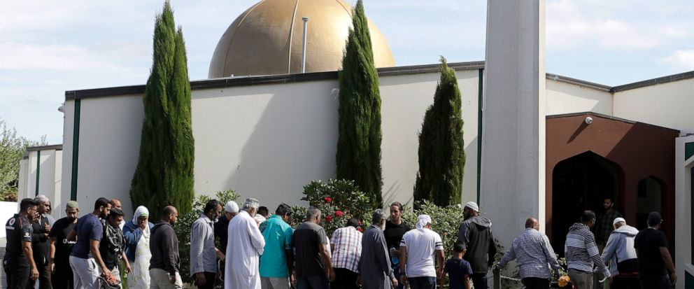 The photo was taken as worshippers returned to the mosques, after the week's previous attacks.