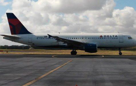 Woman Sneaks on a Delta Flight in Orlando